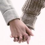 手をつなぐのが苦手 – 自閉症と発達障害の特徴・特性